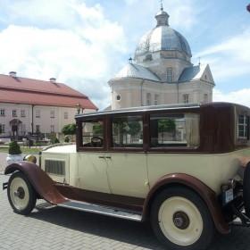 (LT) Packard Limousine 333